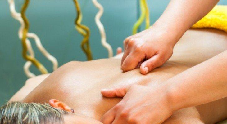 1 nuit avec petit déjeuner + Massage relax 40' + acces zona SPA